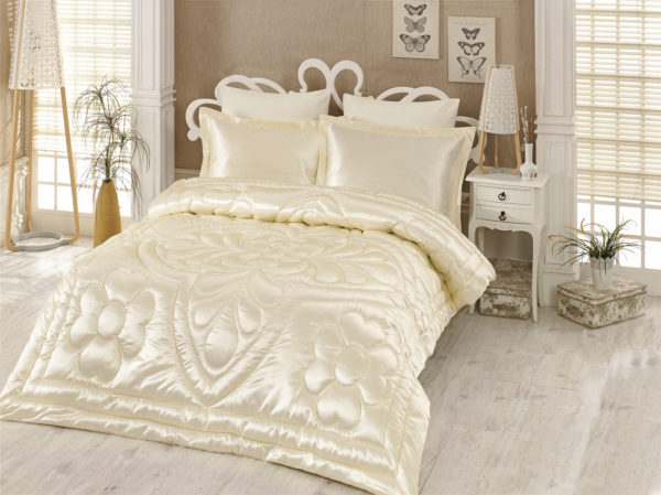 Kupon Double  Saten Quilt 6 Piece طقم مهر Cream